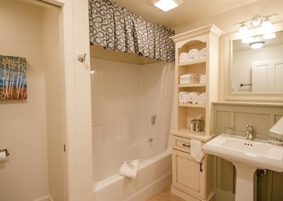 Birch Tree Cottage Bathroom